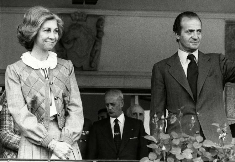 Juan Carlos I fue una figura central en la transición democrática española tras la muerte de Franco. Pero su prestigio decayó en la última etapa de reinado.