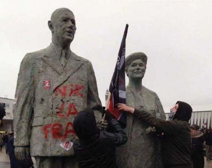 Estatuas vandalizadas