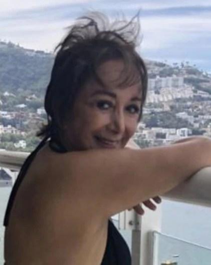 La famosa mexicana aprovechó una reunión familiar para compartir su alegría al volver a usar esta vaporosa prenda (Foto: Instagram de María Antonieta de las Nieves)