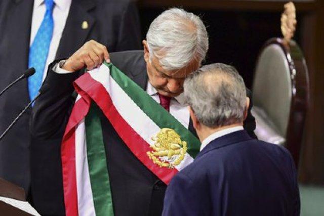 Luego de dos postulaciones fallidas, Andrés Manuel López Obrador se convirtió en presidente de México el 1 de diciembre de 2018 (Foto: Ronaldo Schemidt / AFP)