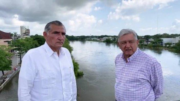 El presidente López Obrador indicó que el gobernador Adán Augusto logró un acuerdo para que los tabasqueños accedieran a la Tarifa 1F, la más baja en el país (Foto: Captura de Pantalla)