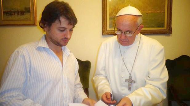 Juan Grabois junto al papa Francisco
