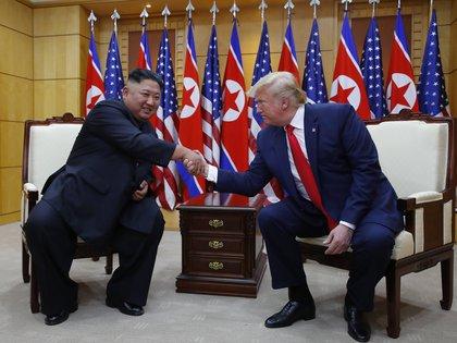 Kim jong-un y Donald Trump se reunieron en junio de 2019 en la Zona Desmilitarizada (DMZ), que separa las dos Coreas