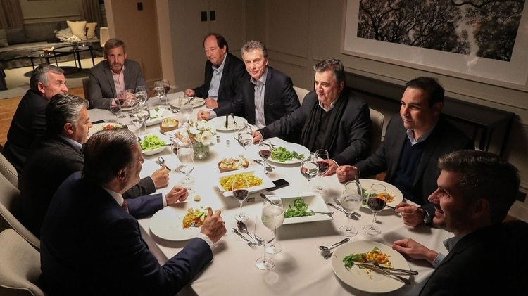 Macri en la última reunión con gobernadores y legisladores de Cambiemos en la quinta de Olivos