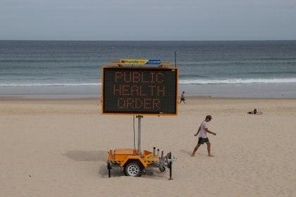 Las playas de New South Wales tienen restricciones en cuanto a la estadía de personas -  REUTERS/Loren Elliott