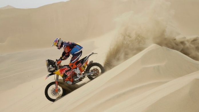 El australiano Toby Price, a bordo de su KTM (AP Photo/Ricardo Mazalan)