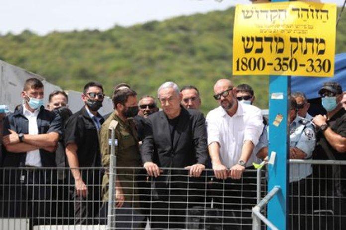 Benjamin Netanyahu on his visit to Monte Merón (REUTERS / Ronen Zvulun)