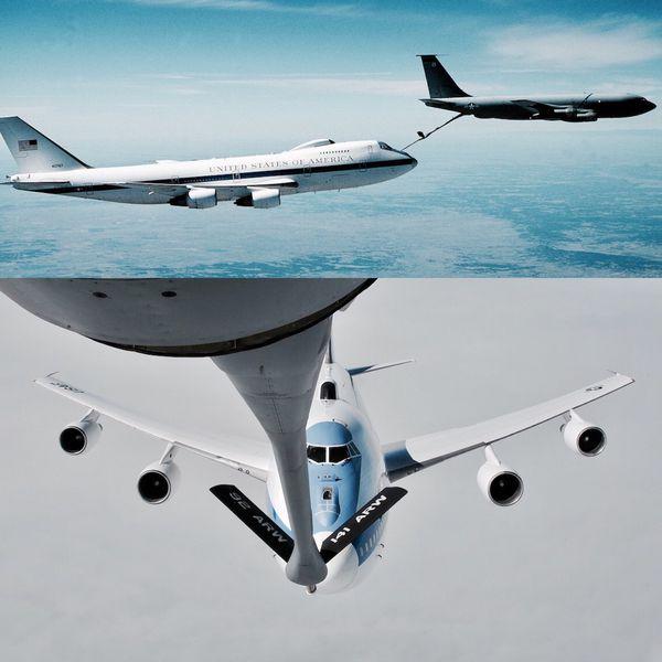 Las aeronaves cuentan con la capacidad de repostar combustible en el aire, lo que les permite mantener vuelos completamente operacionales de 35 horas y cuarenta minutos