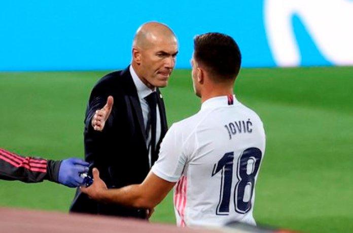 Luka Jovic fue un refuerzo pedido por Zinedine Zidane (EFE)