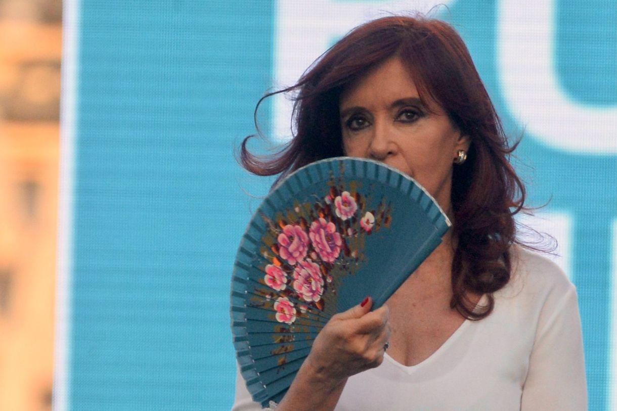 Acto en la plata - Frente de todos - Alberto Fernandez - Cristina Kirchner  - Massa