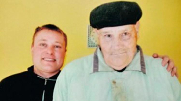 Ruppel y su tío Schmidt, quien lo crió