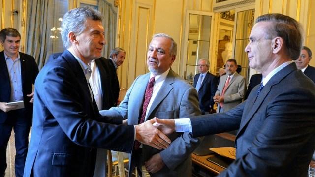 El presidente Mauricio Macri estará acompañado en la fórmula nacional de Cambiemos por el senador nacional del bloque Justicialista Miguel Pichetto. (Foto NA)