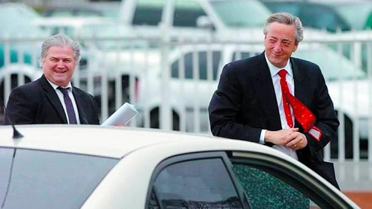 Néstor Kirchner junto a su secretario Daniel Muñoz