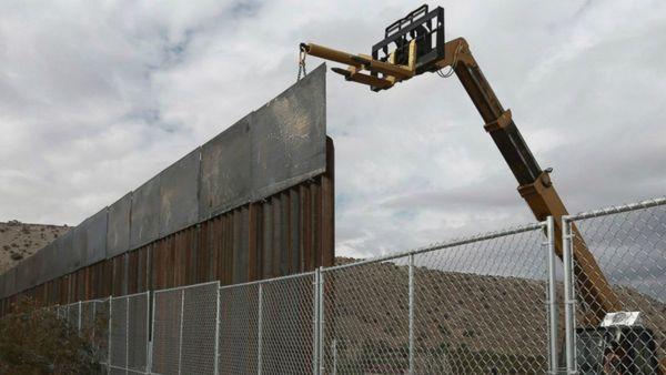 El verdadero muro estaría construido en concreto sólido.
