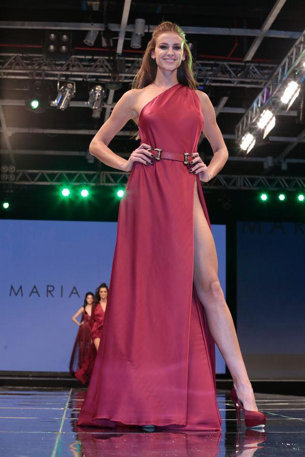 Paula Peralta, por María Gorof