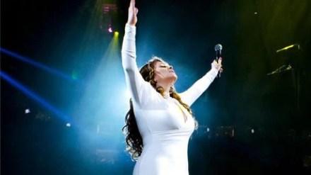 Los presentes en su último show aseguran que aquella noche la cantante se veía especialmente conmovida y agradecida (Foto: Instagram @jennirivera)