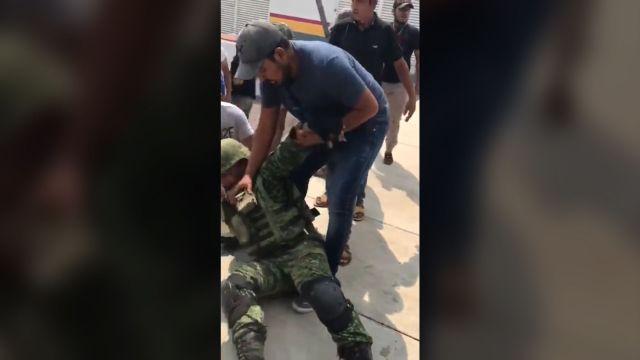 """Las agresiones han subido de tono, ya que los cárteles usan a la gente como """"escudo humano"""" (Foto: Archivo)"""