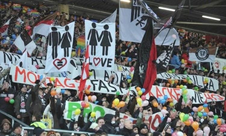 Los aficionados del St. Pauli militan en la causa del LGTB