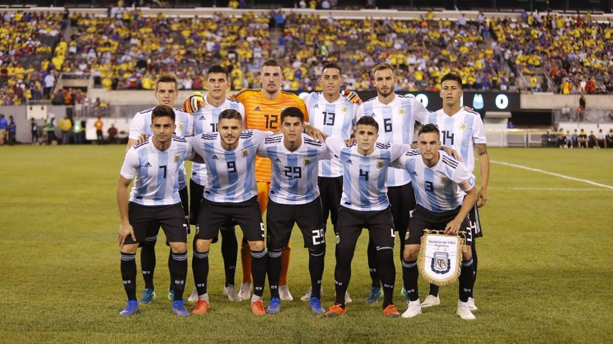 Exequiel Palacios fue titular en los amistosos ante Colombia y Guatemala, los primeros de la era Lionel Scaloni (@Argentina)