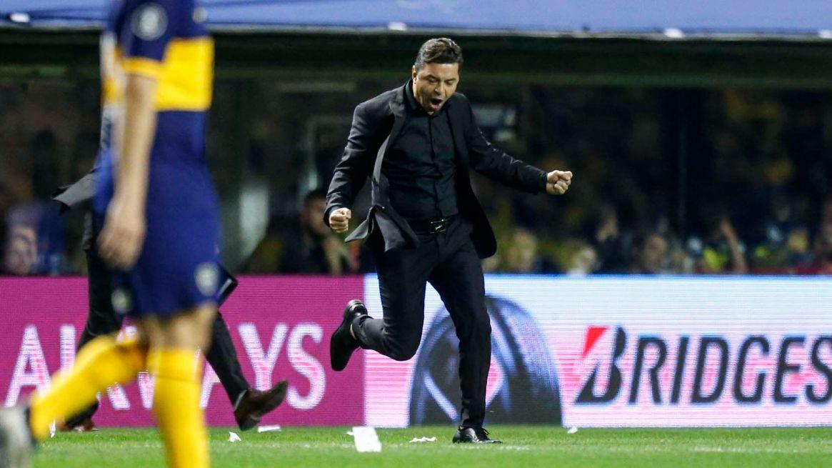 Gallardo quedó a tiro de Ernesto Valverde, entrenador del Barcelona de España (Foto: Nicolás Aboaf)