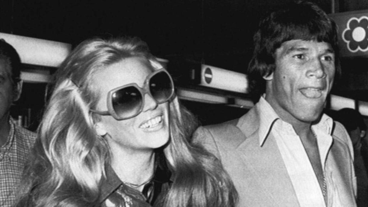 Susana Gimenez y Carlos Monzón vivieron un apasionado y tormentoso romance durante cuatro años (Archivo)