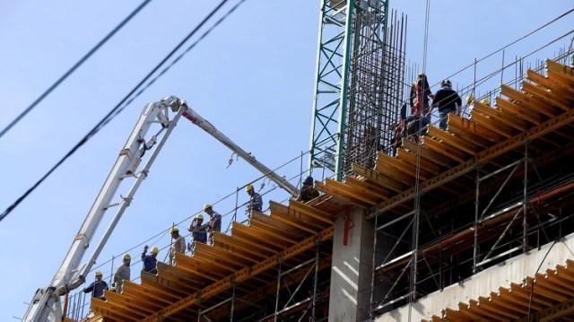 La construcción es uno de los rubros donde se pueden insertar los beneficiarios de planes sociales según el programa del Frente de Todos (Foto: Reuters)