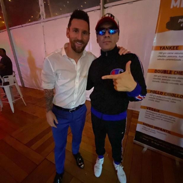 Lionel Messi junto a Pablo Lescano (@pablitolescanook)
