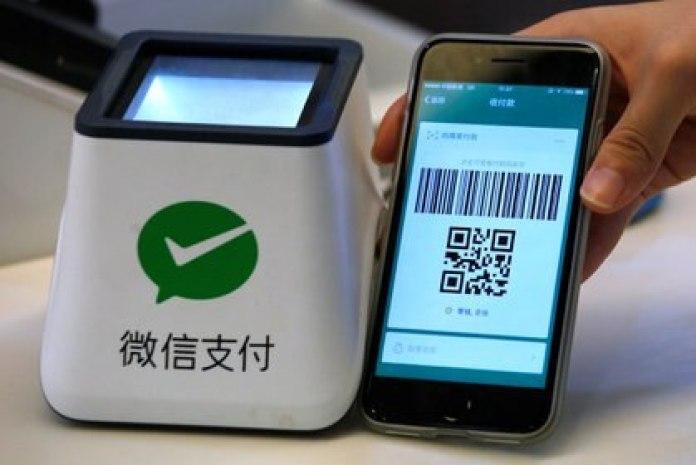 Un sistema de pago WeChat en Guangzhou, China. Foto tomada el 9 de mayo de 2017 (REUTERS/Bobby Yip)