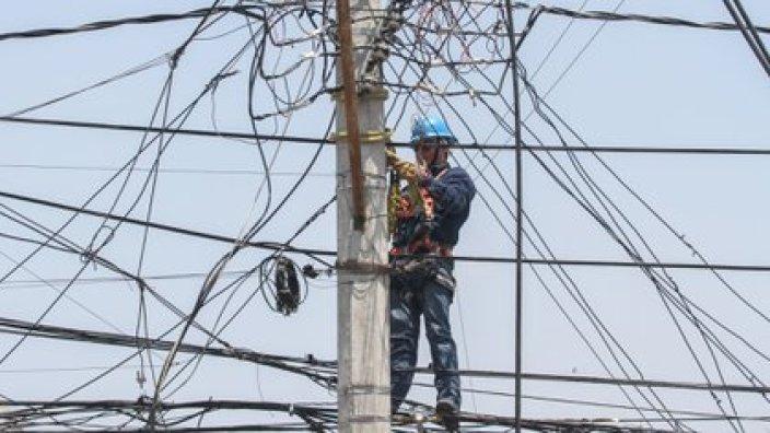 La iniciativa propone que la CFE deberá ser considerada como prioridad en el despacho de energía eléctrica (Foto: Cuartoscuro)