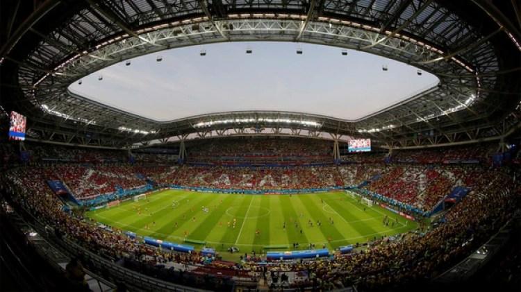 Kazan Arena, donde se enfrentan el sábado Argentina y Francia, es un estadio 5 estrellas. Costó 2,3 millones de dólares, tiene capacidad para 45.000 espectadores y ofrece servicios iguales a los de Wimbledon y merchandising como el de la Fórmula 1 (REUTERS/Jorge Silva)