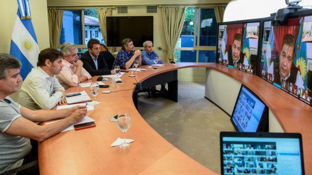 Durante la última videoconferencia con intendentes del Conurbano Bonaerense, Alberto Fernández recibió la preocupación de los ediles por las consecuencias económicas que produce la cuarentena. Baja de más del 50% en la recaudación. (Presidencia)