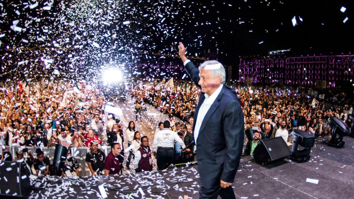 AMLO festeja la noche del 1 de julio de 2018 (Foto: Saúl López/ Cuartoscuro)