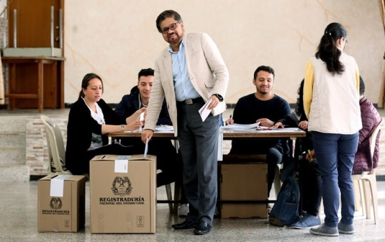 En marzo, Marín Arango (a) Márquez votó por primera vez (EFE)
