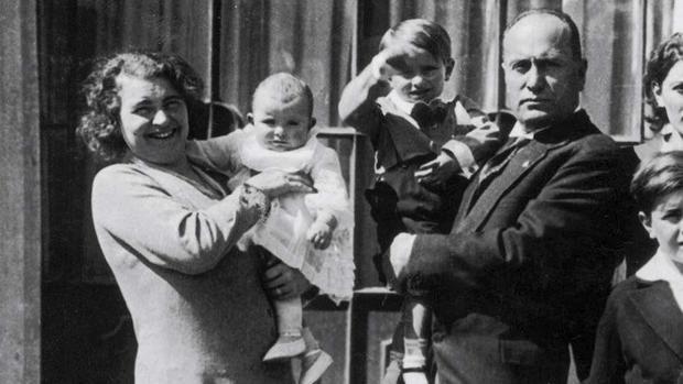 Mussolini con Clara Petacci