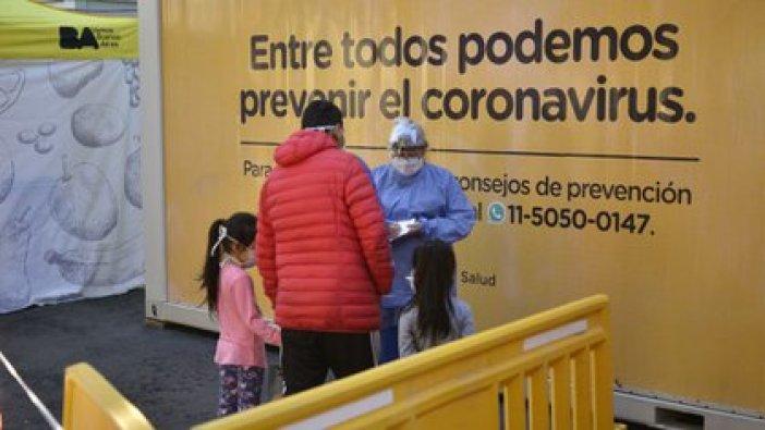 """En cuanto a las cifras preocupantes de casos en el país, Quirós explicó que no se trata de un """"rebrote de la enfermedad, sino una evolución de la enfermedad"""","""