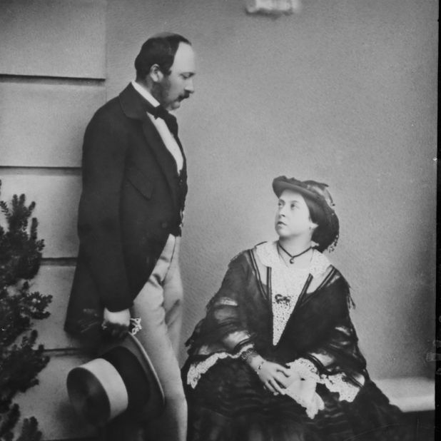 Alberto y Victoria