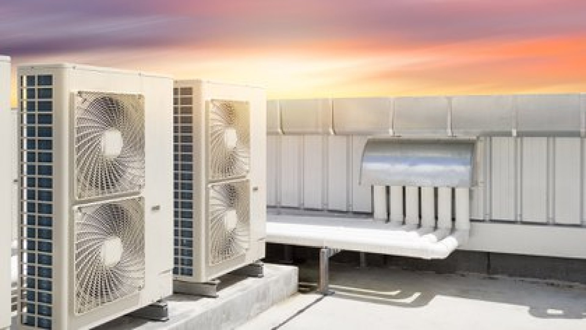 José Luis Jiménez advierte que los sistemas de ventilación deben adaptarse para poder filtrar el aire de los espacios de manera constante. Si esto no es posible es recomendable evitar estos espacios (Shutterstock)