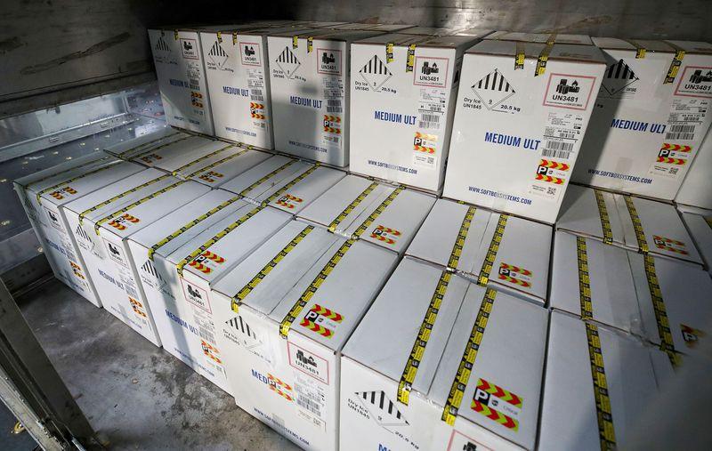 Pfizer llevará las dosis hasta los sitios de vacunación acordados (Foto: REUTERS/Archivo)