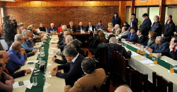 El consejo nacional del PJ en la sede de la calle Matheu