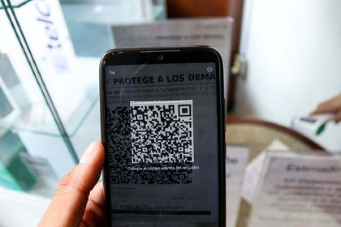 This precautionary measure is added to the incorporation of QR codes whose purpose is to track people who had contact with someone infected with COVID-19 (Photo: Galo Cañas / Cuartoscuro)