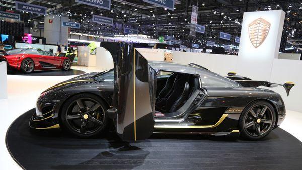El Koenigsegg Agera RS Gryphon combina a la perfección el carbono y el oro (GTspirit)