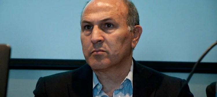 El fiscal Javier de Luca (Adrián Escandar)