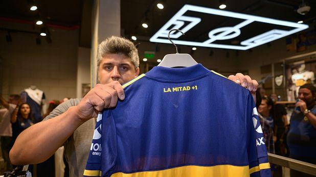 La Mitad + 1, uno de los detalles que luce la nueva camiseta de Boca (Gustavo Gavotti)