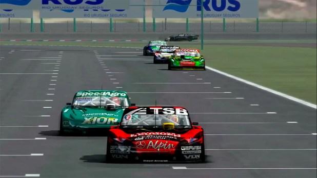 Lucha entre los autos de  José Manuel Urcera y Agustín Canapino (http://emotorsport.com.ar/).