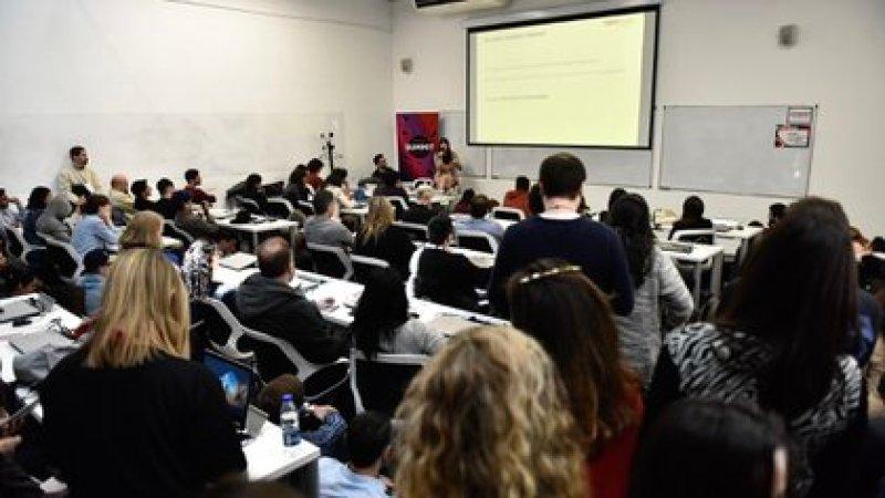 Una de las aulas del coding school Digital House en Buenos Aires