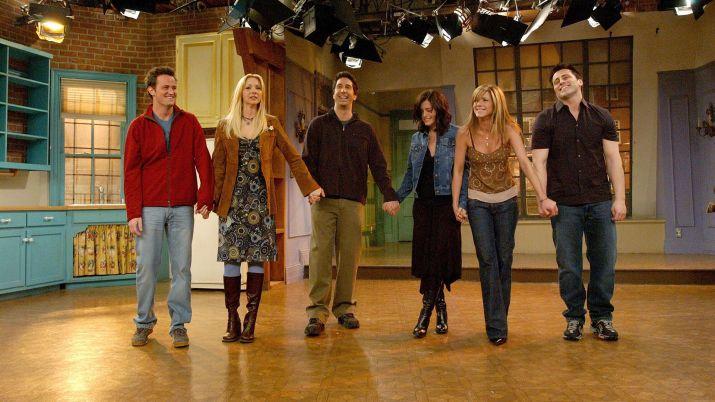 El 6 de mayo de 2004 se emitió el último capítulo de Friends. El saludo final.