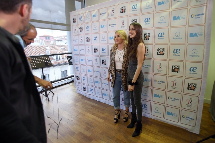 Lali Espósito y Tini Stoessel, juntas en el Festival Únicos de España (Facundo Pechervsky)