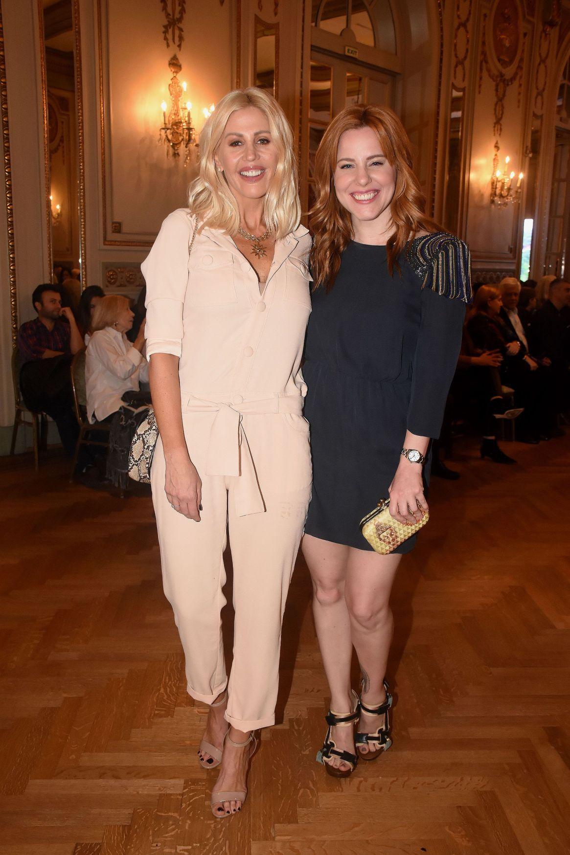 Barbie Simons y Agustina Kampfer