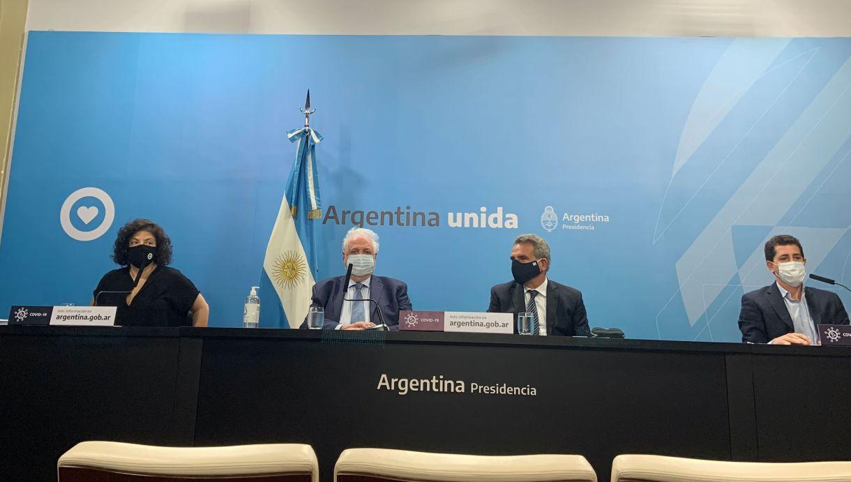 Conferencia de prensa Gines GONZALEZ Garcia - inicio plan de vacunación
