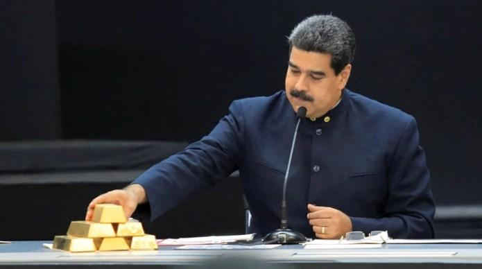 Aseguran que el dictador Nicolas Maduro está saqueando los recursos mineros del país (REUTERS/Marco Bello/File Photo)